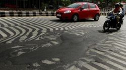 やばインド 熱波で横断歩道が溶ける