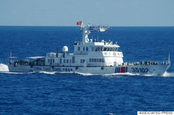 中国漁船230隻、尖閣周辺の接続水域に