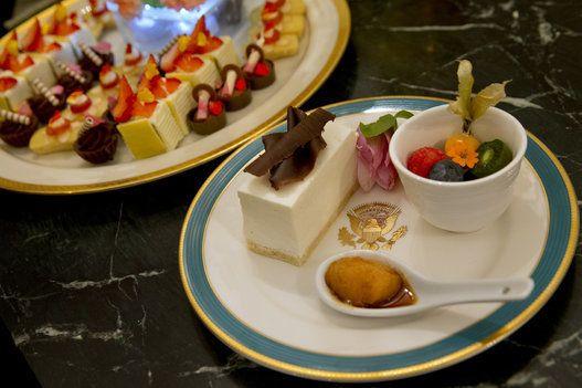 安倍首相、オバマ大統領の晩餐メニューは? 世界初「オバマ食器」でおもてなしされる