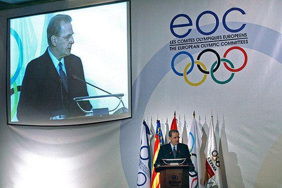 初回ユーロリンピック開催国アゼルバイジャン アスリートにメダルを、自由な声には牢獄を