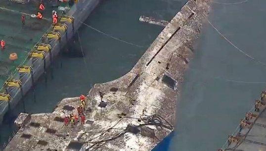 セウォル号、沈没事故から3年ぶりに引き揚げられる その痛ましい姿(画像集)