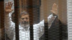 エジプトのモルシ前大統領に禁錮20年 死刑を回避した政府の狙いは