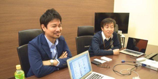 サイボウズの青野慶久社長と動画を企画したサイボウズのコーポレートブランディング部の大槻幸夫部長(左)
