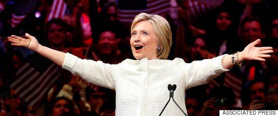 ヒラリー・クリントン氏の私用メール問題、FBIは訴追見送り「極めて軽率だが違法ではない」