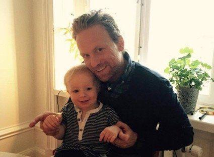 「僕たち家族はこれまで以上に『チーム』になった」。働くママに優しい国、スウェーデンで育休を取った男性に聞いた。