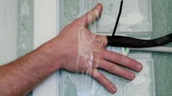 指の関節をポキポキ鳴らすと◯◯ 長年の議論がついに決着か(研究中)