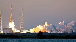 爆発する「ファルコン9」ロケット
