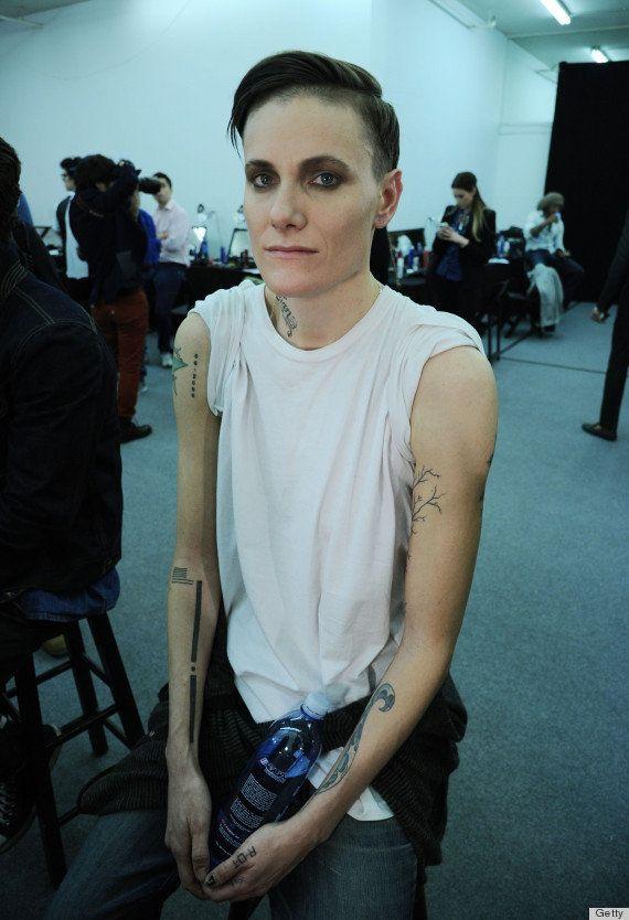 Vogue誌、「男性モデル」の女性を特集