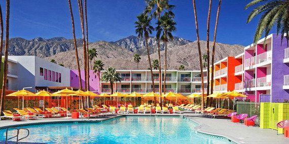 春気分を盛り上げるカラフルなホテル10軒