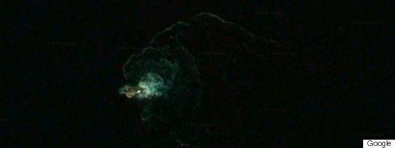 幻の巨大海中生物「クラーケン」南極に出現か?Google Earth