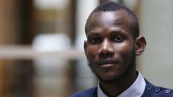 【パリ銃撃】人質を救ったイスラム教徒のマリ人スーパー従業員、フランス国籍を取得