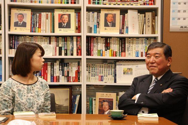 東京は衰退する。石破茂が提唱する「アベノミクスの先」の鍵となる「移住女子」ってどんな人たち?【対談】