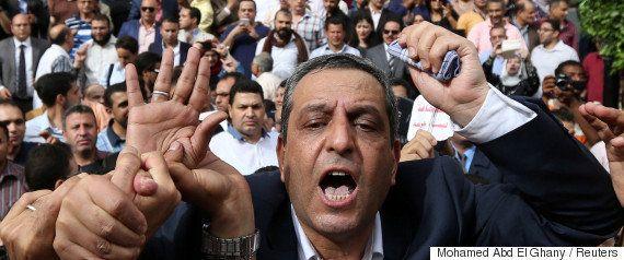 トランプ氏はエジプトからアメリカ人1人を連れ戻して自慢しているが、残りの人たちを無視している