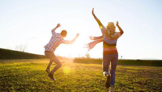 科学が証明したすぐ幸せになれる16の方法