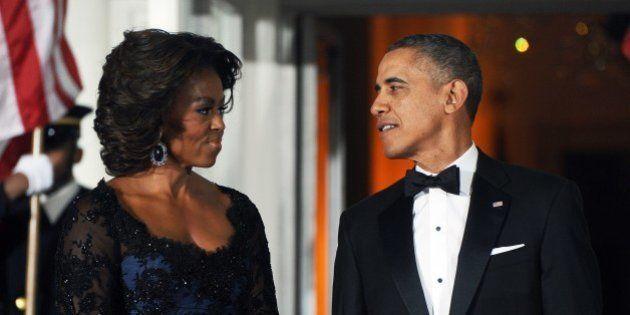 ミシェル夫人の鮮やかなドレスが話題
