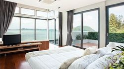 夏も心地よく眠れる、最適な寝具とエアコン・扇風機の使い方