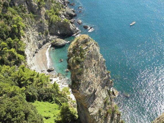 アマルフィの断崖絶壁ホテル