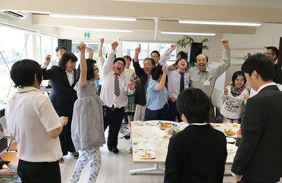 東日本大震災:福祉作業所「かたつむり」の新事業所が完成しました