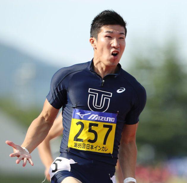 男子100メートル決勝、日本選手で初めて10秒の壁を突破する9秒98を記録して喜ぶ桐生祥秀(東洋大)=9日、福井運動公園陸上競技場 撮影日:2017年09月09日