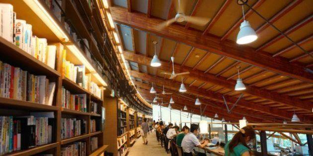 【武雄市図書館選書】市教委「図書購入費を削り、本の落下防止対策費に」 樋渡前市長は「関知せず」