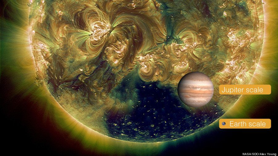 太陽の表面に地球より410倍大きい「穴」が出現(画像)