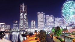 横浜港の秋の夜、「ひかりの実」の笑顔輝く