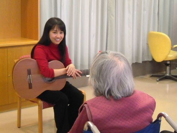 「何で音楽療法士がもっと病院にいないの?」2014年に印象に残った6つの言葉