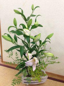 先輩ママに聞きました! 「花のあるくらし」の作り方