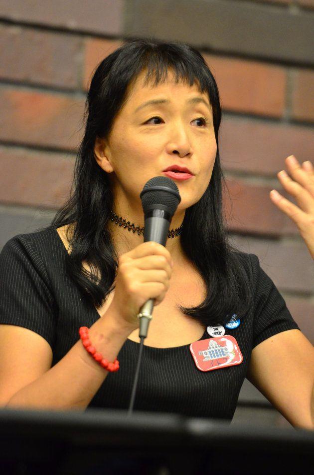 高山佳奈子教授