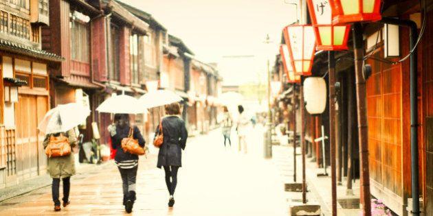 北陸新幹線で地方創生の優等生に-北陸新幹線開業で注目を浴びる小京都・金沢