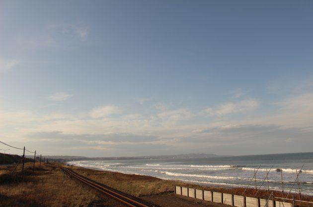 「海の見える駅」北浜駅が地の果てすぎる。冬目前のオホーツク海を眺めたら…