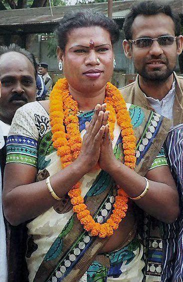 トランスジェンダーの市長、『第三の性』が認められたインドで歴史的な勝利