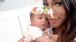 セリーナ・ウィリアムズ、娘と花かんむりで質問「出産祝い、何もらった?」