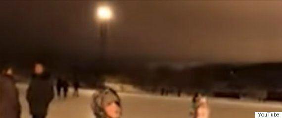 青い火球、アメリカ上空を横切る ミシガン湖周辺に落下か?(動画)