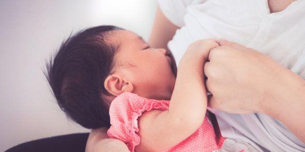 母乳の味はお母さんの食事で変わる?