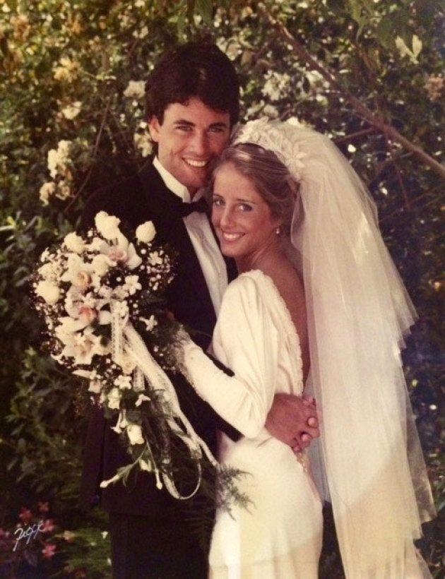 マータさんとケヴィンさんは、カリフォルニア州タスチンの教会で結婚式を挙げた。