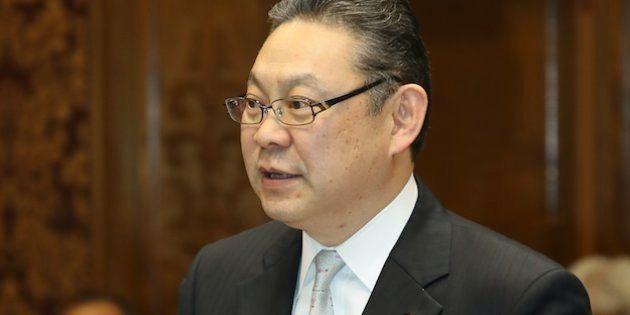 参院予算委員会で質問する民進党の小川勝也参院幹事長=2月28日