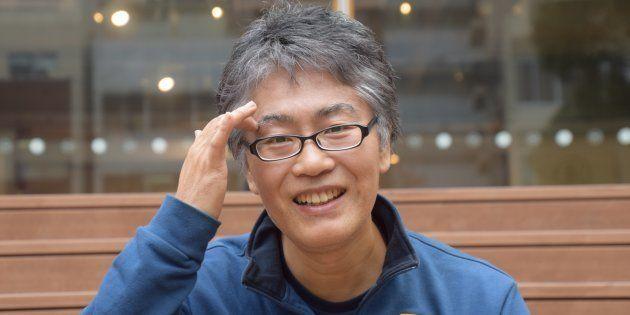 2017年、ハフポスト日本版のインタビューに答えるマンガ家の古泉智浩