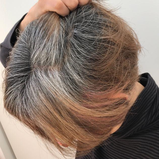 白髪育てスタートから3カ月が過ぎたころの朝倉真弓さんの髪