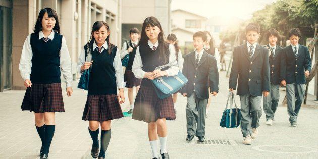 公立中学の制服代を1人で分析。北海道の図書館司書の執念が胸を打つ...