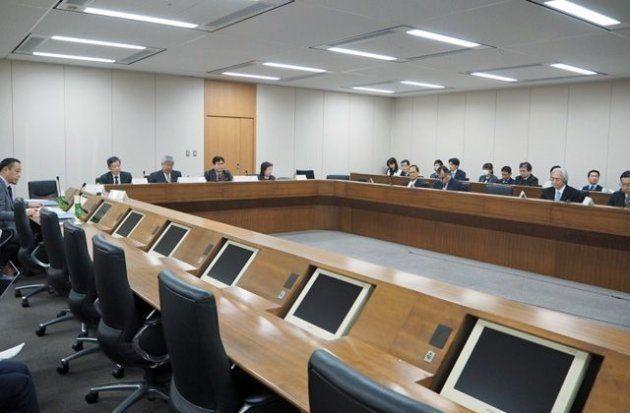 総務省は昨年にも「モバイルサービスの提供条件・端末に関するフォローアップ会合」を実施するなど、引き続き大手3社の販売施策に厳しく目を光らせている