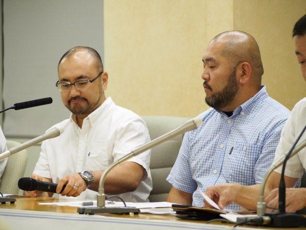 川越市民の相場謙治さん(左)と古積健さん(右)