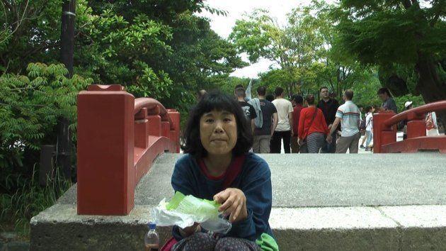 高校卒業まで一緒に暮らした母・穂子さん