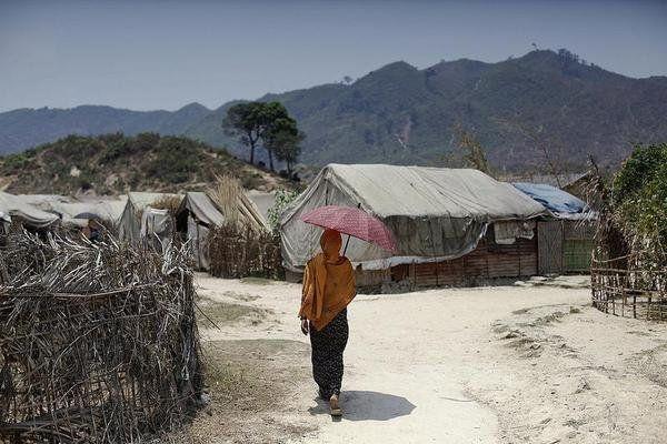 ビルマ:アラカン州の全住民に自由の保障を