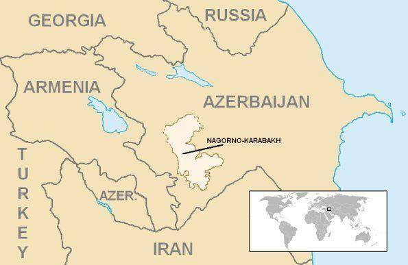 中央の色が薄い部分がナゴルノ・カラバフ。アルメニアとアゼルバイジャンの係争地域だ