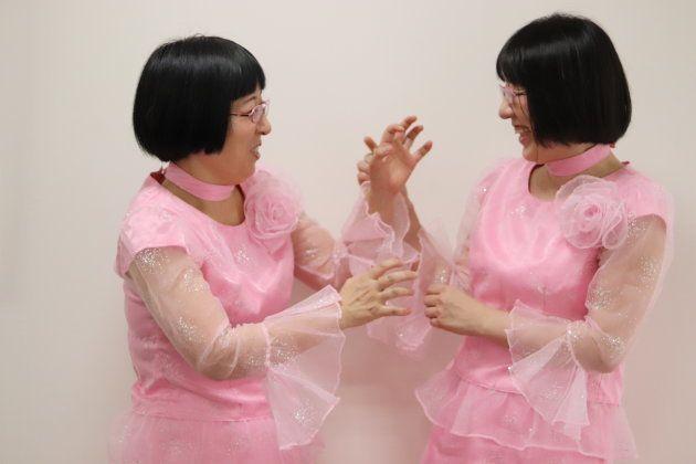 40代未婚、六畳一間でふたり暮らし。お笑いコンビ「阿佐ヶ谷姉妹」が語る新しい共生のカタチ