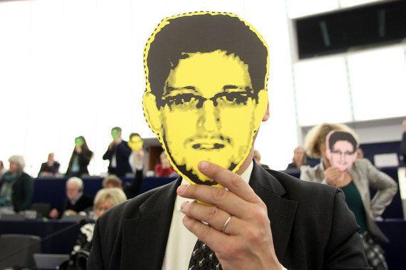 インターネットの管理権限を米政府が手放す