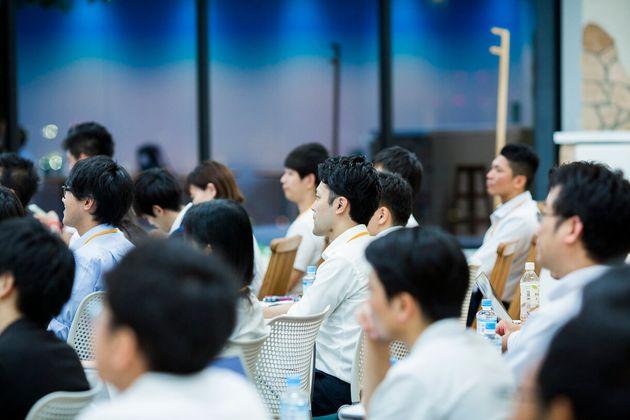 サイボウズ式:「30代半ばからは、家庭より仕事にのめり込んだほうが、ぶっちゃけ楽なんですよ」──田端信太郎×青野慶久
