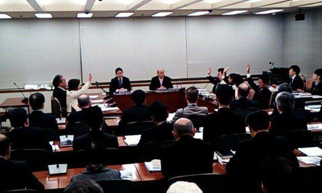 東京都港区議会の本会議で、「同性パートナーシップ制度」の創設を求める請願が採択!