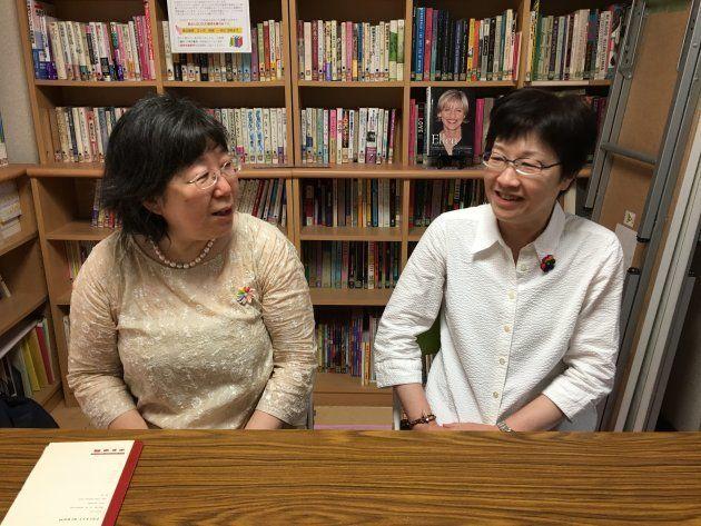 インタビューは2人が運営に携わるセクシュアル・マイノリティ女性のためのコミュニティ・スペース「LOUD」で行われた。